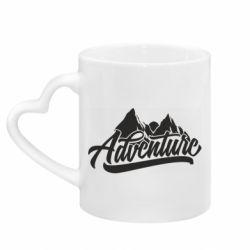 Кружка с ручкой в виде сердца Adventures and mountains