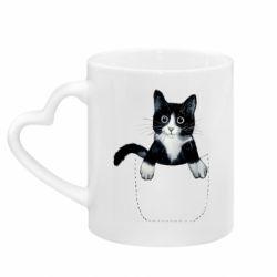 Кружка с ручкой в виде сердца Art cat in your pocket