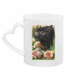 Кружка с ручкой в виде сердца Black pig and flowers