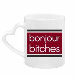 Кружка с ручкой в виде сердца Bonjour bitches