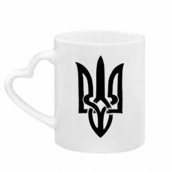 Кружка с ручкой в виде сердца Coat of arms of Ukraine torn inside