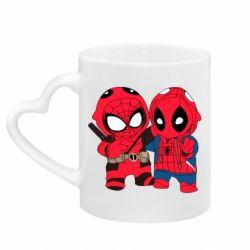 Кружка с ручкой в виде сердца Дэдпул и Человек паук