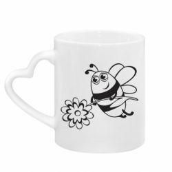 Кружка с ручкой в виде сердца Добрая пчелка