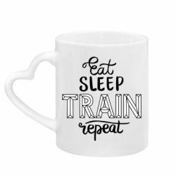 Кружка з ручкою у вигляді серця Eat, sleep, TRAIN, repeat