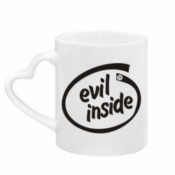 Кружка с ручкой в виде сердца Evil Inside