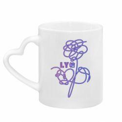 Кружка с ручкой в виде сердца Flowers line bts