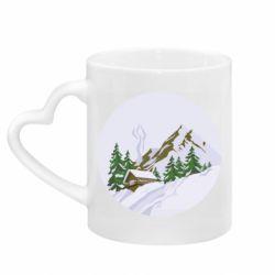 Кружка с ручкой в виде сердца House in the snowy mountains