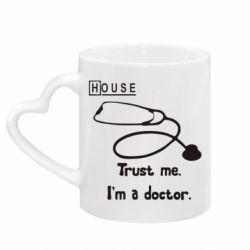 Кружка з ручкою у вигляді серця House trust me