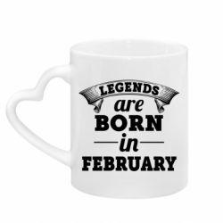 Кружка с ручкой в виде сердца Legends are born in February
