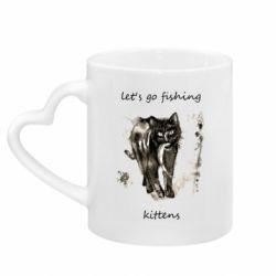 Кружка с ручкой в виде сердца Let's go fishing  kittens