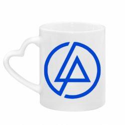 Кружка с ручкой в виде сердца LP logo