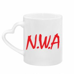 Кружка с ручкой в виде сердца N.W.A Logo