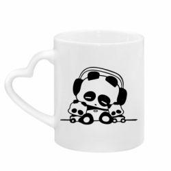 Кружка с ручкой в виде сердца Панда в наушниках