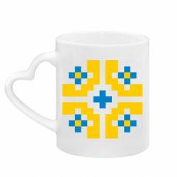 Кружка с ручкой в виде сердца Pixel pattern blue and yellow