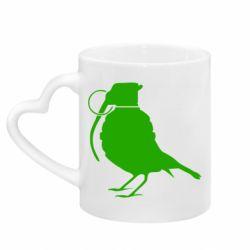 Кружка с ручкой в виде сердца Птичка с гранатой