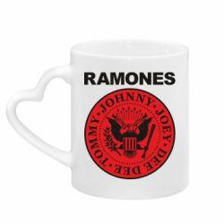 Кружка з ручкою у вигляді серця Ramones