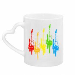 Кружка с ручкой в виде сердца Разноцветные гитары