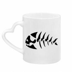 Кружка с ручкой в виде сердца скелет рыбки