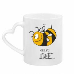 Кружка с ручкой в виде сердца Сумасшедшая пчелка