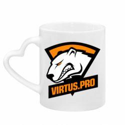 Кружка з ручкою у вигляді серця Virtus logo