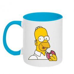 Кружка двухцветная Гомер любит пончики