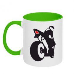 Кружка двухцветная Мотоциклист на спорте - FatLine