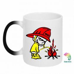 Кружка-хамелеон Писающий хулиган-пожарный - FatLine