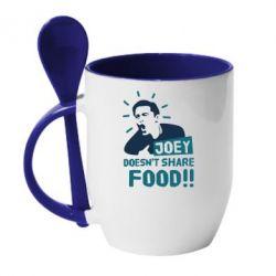 Кружка с керамической ложкой Joey doesn't share food!