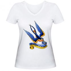 Женская футболка с V-образным вырезом Ласточка. Героям Слава!