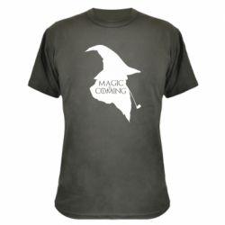Камуфляжная футболка Magic is coming