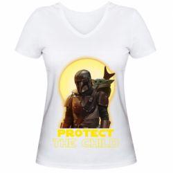 Женская футболка с V-образным вырезом Mandalorian the child