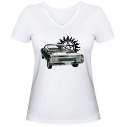 Женская футболка с V-образным вырезом Машина Винчестеров - FatLine