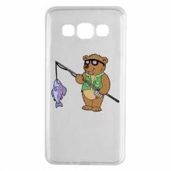 Чохол для Samsung A3 2015 Ведмідь ловить рибу