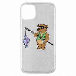 Чохол для iPhone 11 Pro Ведмідь ловить рибу