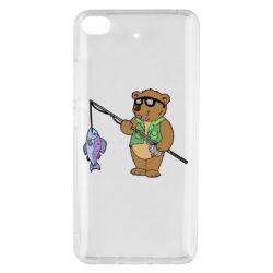 Чохол для Xiaomi Mi 5s Ведмідь ловить рибу
