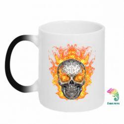 Кружка-хамелеон Metal skull in flame of fire