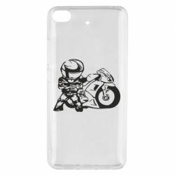 Чехол для Xiaomi Mi 5s Мотоциклист - FatLine