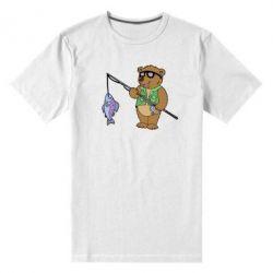 Мужская стрейчевая футболка Медведь ловит рыбу - FatLine