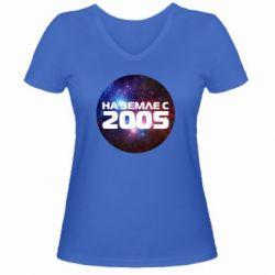 Женская футболка с V-образным вырезом На земле с 2005 - FatLine