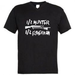 Мужская футболка  с V-образным вырезом Наполовину охотник, наполовину рыбак
