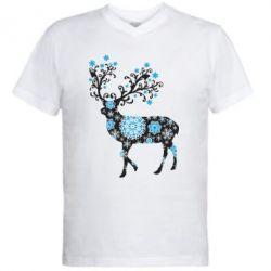 Мужская футболка  с V-образным вырезом Олень в снежинках