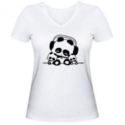 Женская футболка с V-образным вырезом Панда в наушниках - FatLine
