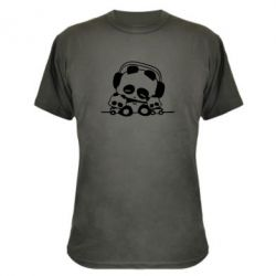 Камуфляжна футболка Панда в навушниках