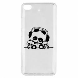 Чехол для Xiaomi Mi 5s Панда в наушниках