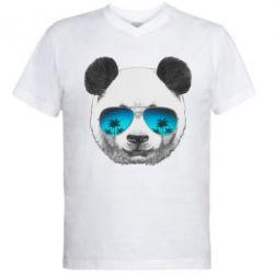 Мужская футболка  с V-образным вырезом Панда в очках - FatLine