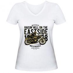 Жіноча футболка з V-подібним вирізом Raisin Hell Moto Racer