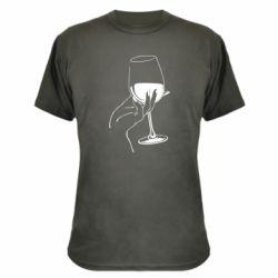 Камуфляжна футболка Рука з келихом