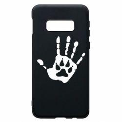 Чехол для Samsung S10e Рука волка