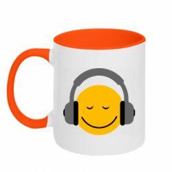 Кружка двухцветная 320ml Smile in the headphones