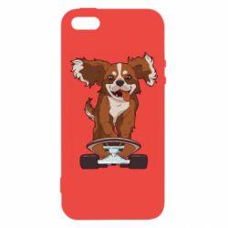 Чехол для iPhone5/5S/SE Собака Кавалер на Скейте